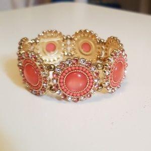 Jewelry - 😍💎 Sparkly Peach Medallion Stretch Bracelet!